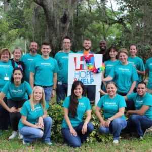 Siemens volunteered at Hope _ Help as an act of kindness_2017